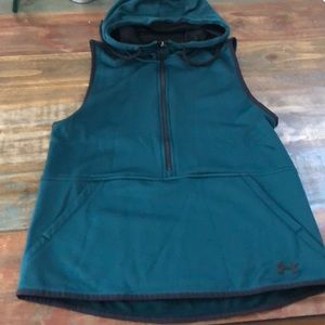 Gently worn Under Armour Storm Gear Vest Size S